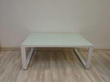 שולחן ג'ויה בצבע לבן