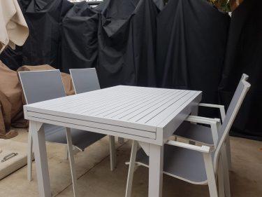 שולחן אוכל נועם טופ אלומניום 140 לבן - תצוגה